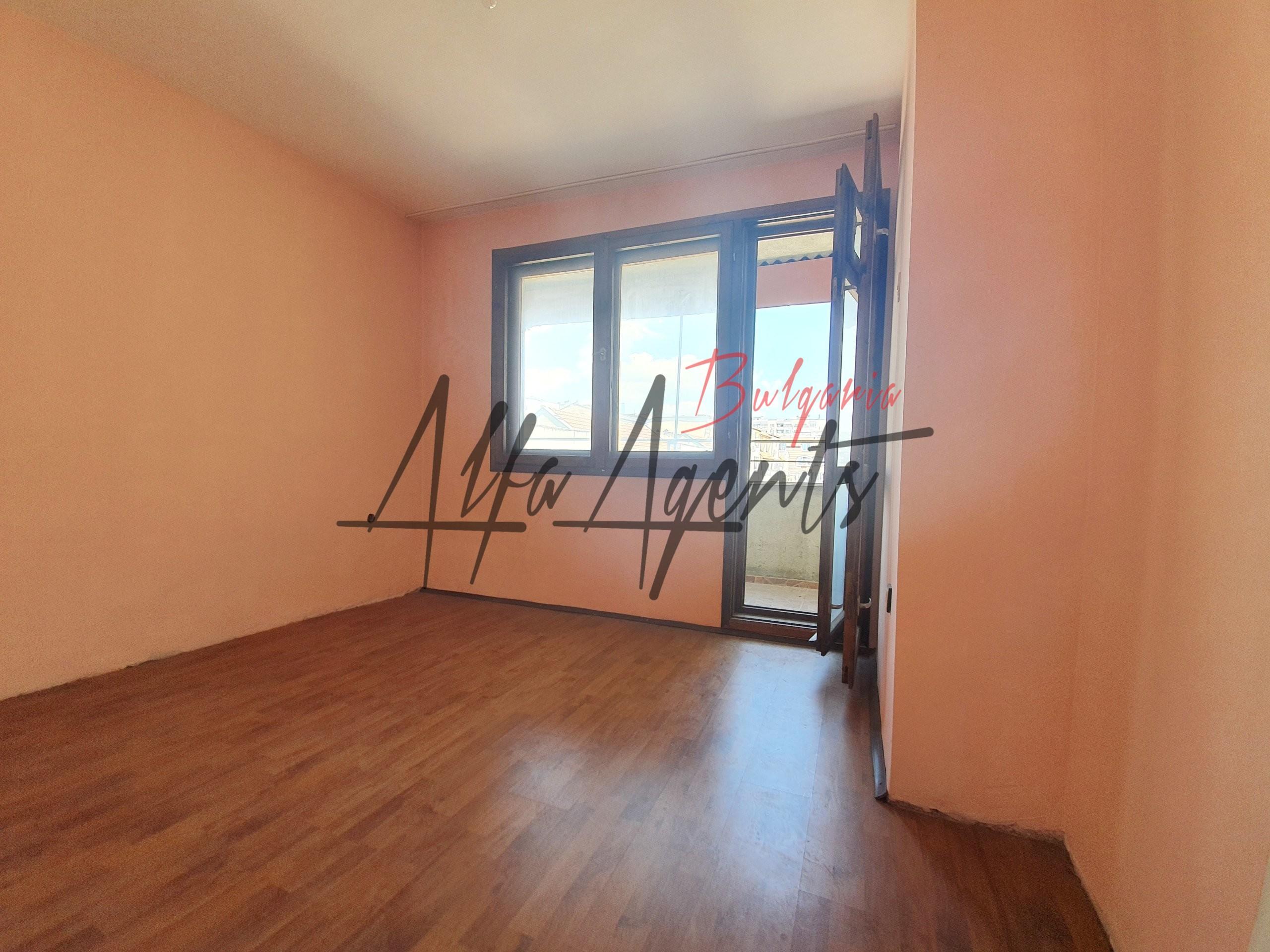 Алфа Агенти недвижими имоти Варна | Тристаен Апартамент, Нептун