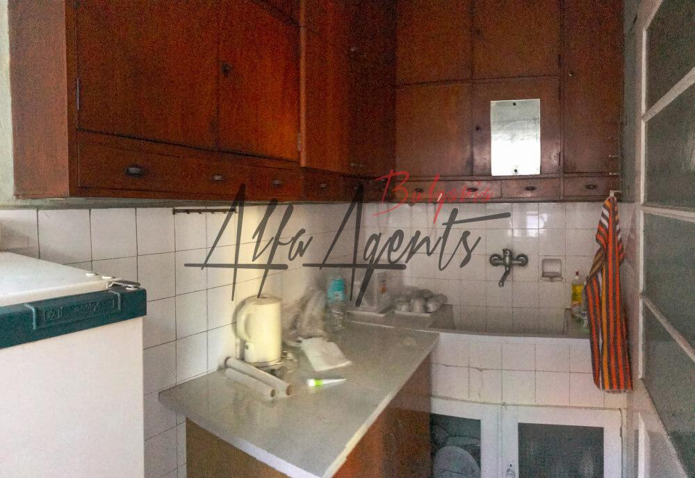 Алфа Агенти недвижими имоти Варна   Тристаен, Червен Площад