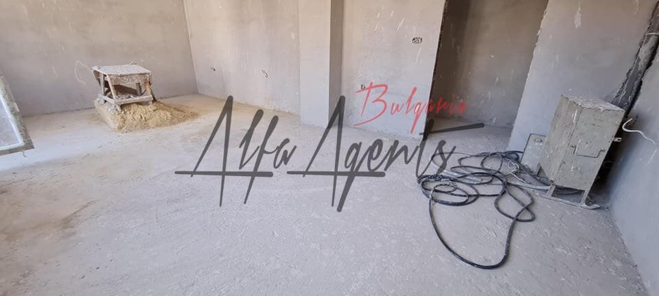 Алфа Агенти недвижими имоти Варна   просторен тристаен апартамент